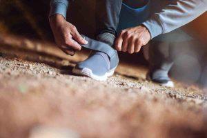 fermeture accrochante pour souliers