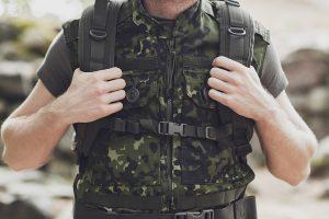 Militärbekleidung